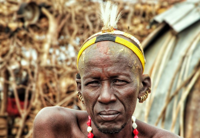 portrait-of-a-tribe-man-in-south-ethiopia